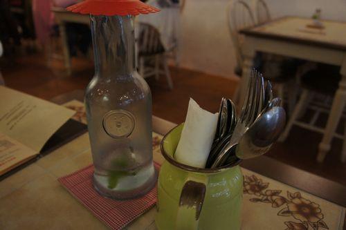 桌上會有檸檬水
