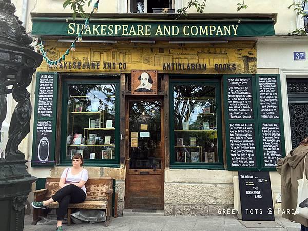 shakespeare and company.jpg