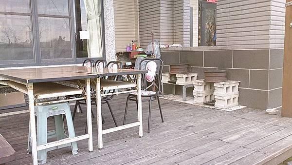 戶外陽台烤肉區