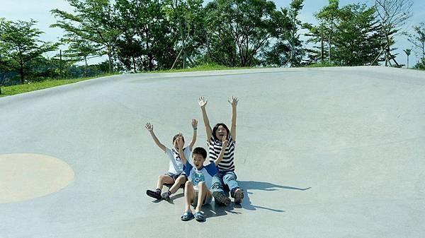 宜蘭龍潭湖溜滑梯,好好玩喔