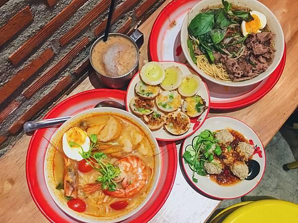 泰街頭二店泰國船麵專賣店
