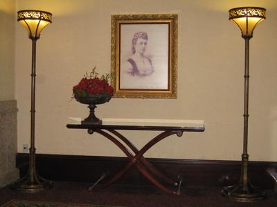 露易絲湖是依維多利亞女王第四個女兒露易絲公主命名
