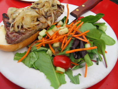 很好吃的紐約經典牛排三明治