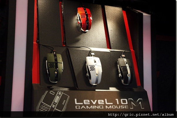 3.眾所矚目的《Level 10 M》電競滑鼠系列