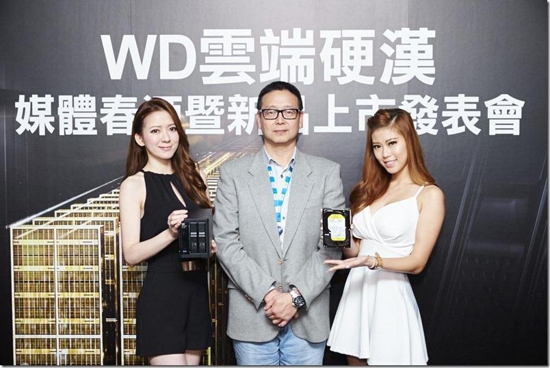 WD舉辦春酒暨新品上市發表會主推雲端裝置及資料中心專用硬碟(中為WD台灣區總經理郭德麟)