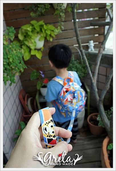 20131013馬戲團小童後背包7