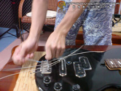 bass_strings03