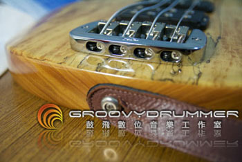 bass_strings_05.jpg