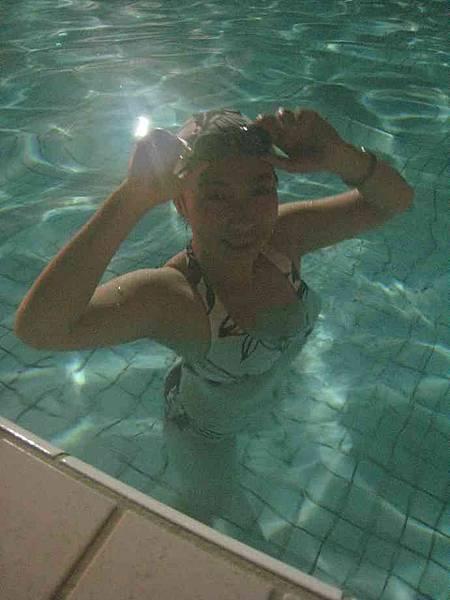 游泳健身1.JPG
