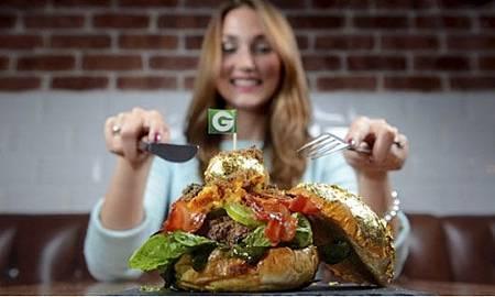 全世界最貴的漢堡! 「鑲金的」一個要價5萬5_0362