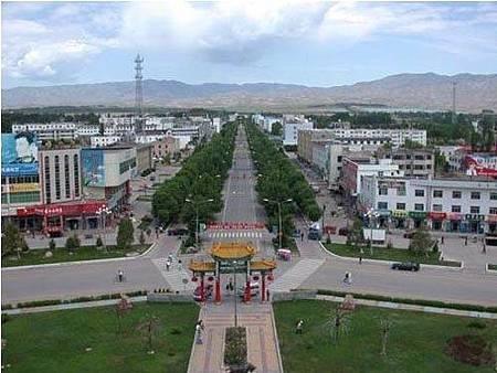 新疆八卦城猶如迷魂陣 環環相連05