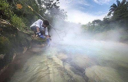 秘魯神秘河高溫100°C 動物跌落活生生煮熟162
