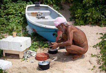 「日本魯賓遜」獨居荒島30年 政府強制接回-3122