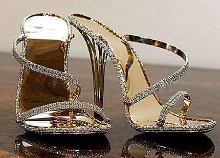 最貴高跟鞋 要價14萬英鎊.jpg
