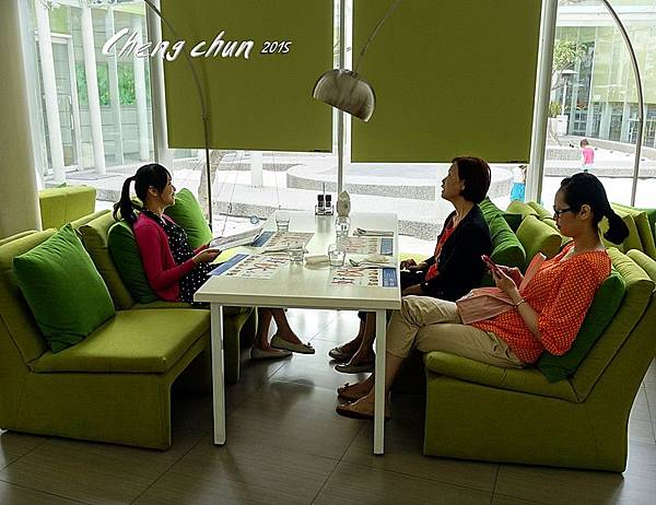 多人4人桌.jpg