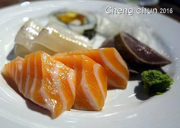生魚片自吃1.jpg