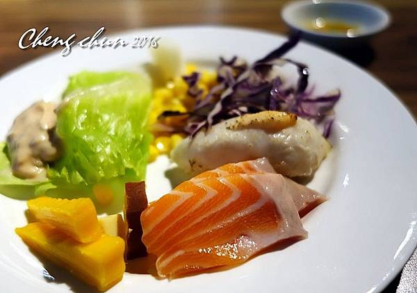 生魚片自吃.jpg