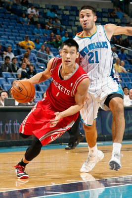 houston-rockets-v-orleans-hornets-20121024-194629-346[1]