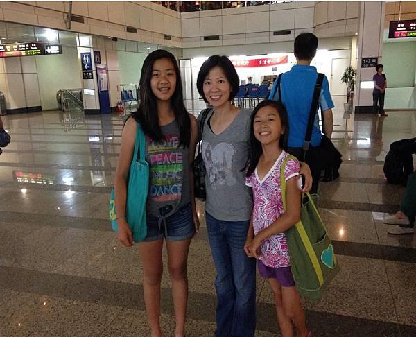 雅玲師姐與二位女兒