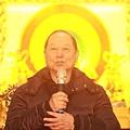 師父蒞臨禪寺, 內殿放光