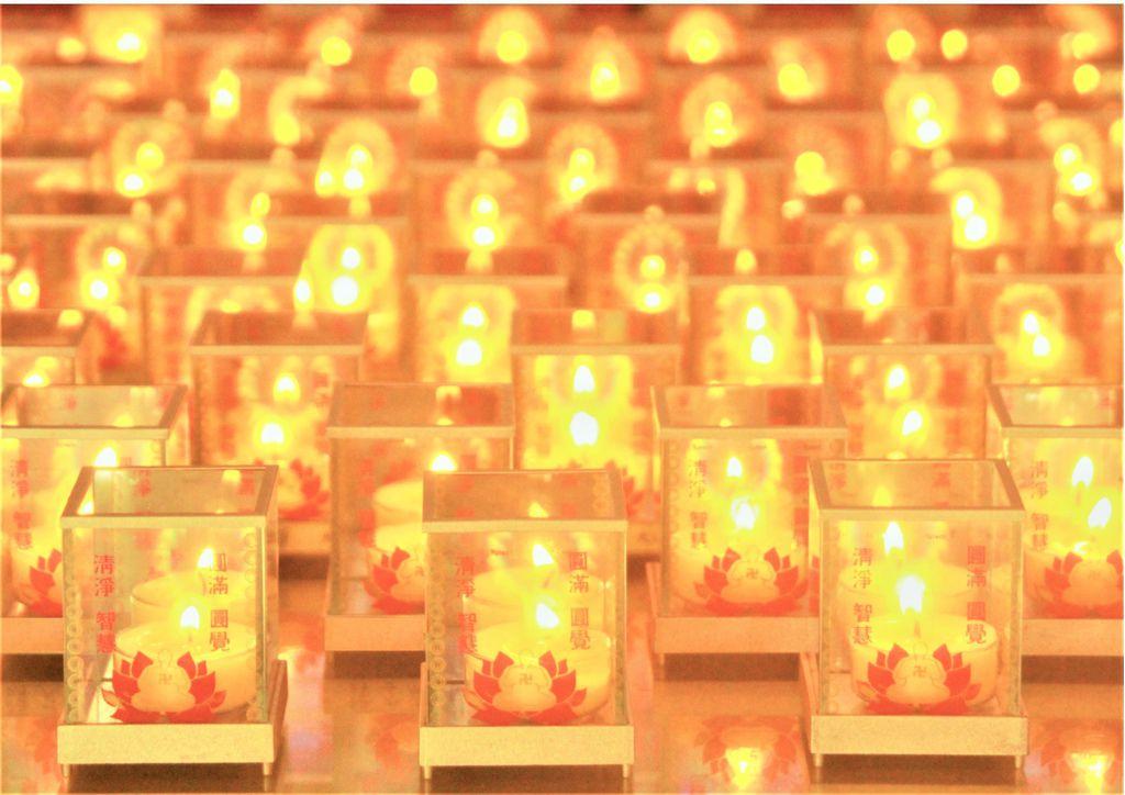 心燈燈海-修2.jpg