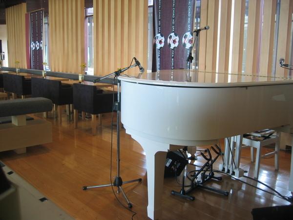 下午時,飯店會有鋼琴演奏