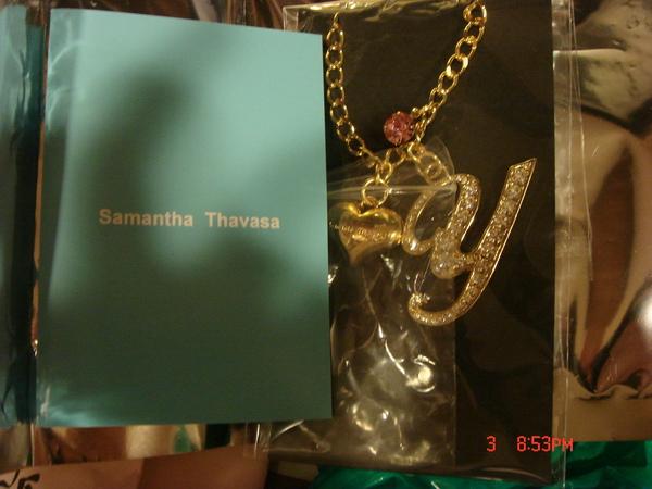 Samantha Thavasa的吊飾,因為我的日文名拼音是YUKIKO就買Y囉!
