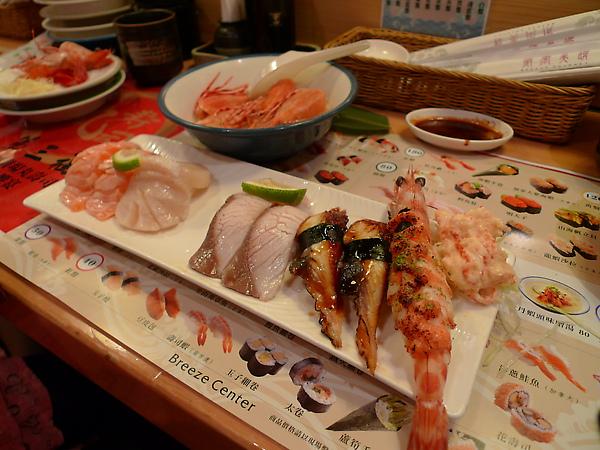 師傅幫雪子製作的略熟綜合握壽司