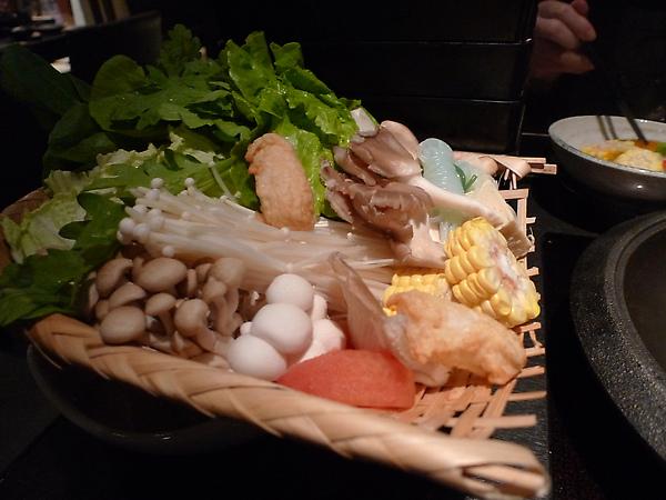 套餐附的蔬菜總匯