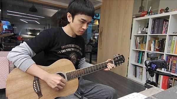 楊丞琳Rainie Yang - 點水【跟馬叔叔一起搖滾學吉他#212】.jpg