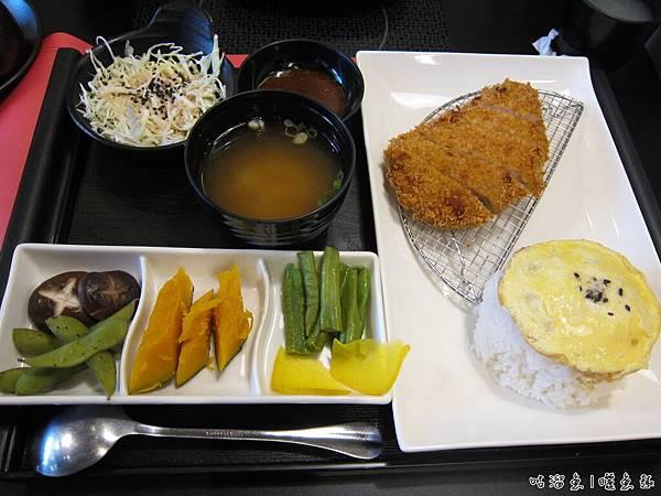 16-日式炸豬排定食