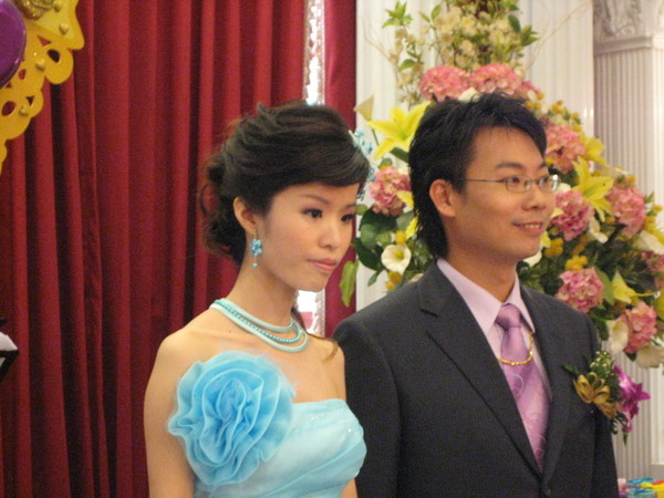 藍色小洋裝真漂亮~