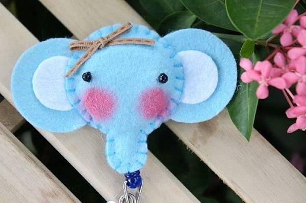 水藍色大耳象NT120.jpg