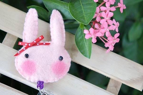 粉紅色小兔NT120.jpg