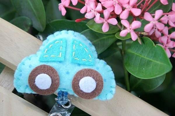 藍色小車NT120.jpg