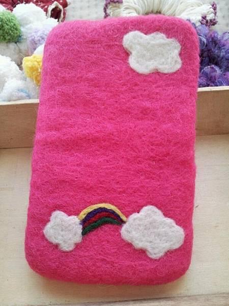 粉紅 白雲 彩虹手機袋NT450~600(依大小).jpg