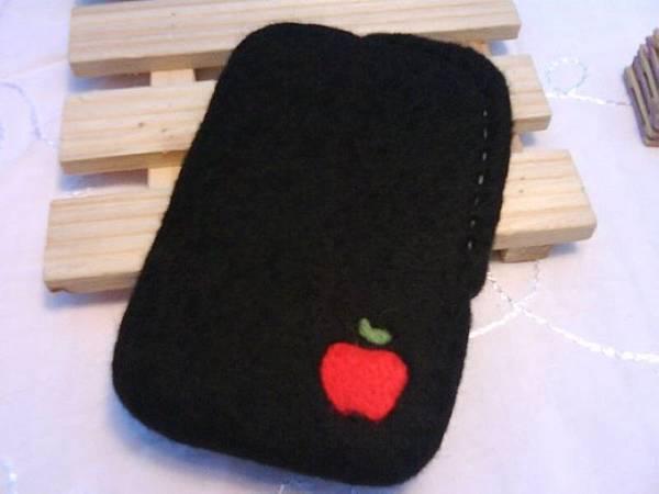 蘋果~很古錐(黑色)手機袋NT450~600(依大小).jpg