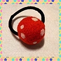 紅色圓點羊毛氈髮束NT100.jpg