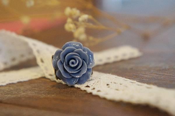 藍色玫瑰花戒指.JPG