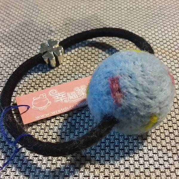 水藍羊毛氈髮球NT150.jpg