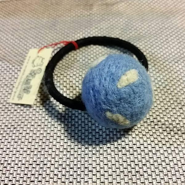 水藍色白雲羊毛氈髮球NT100.jpg