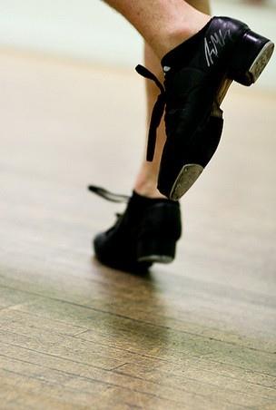 愛爾蘭踢踏舞