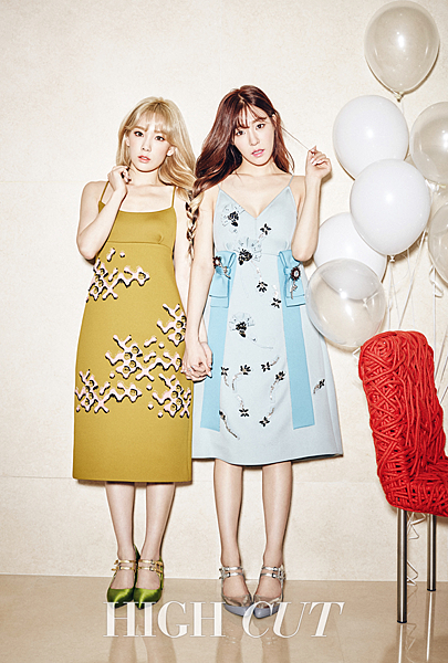 taetiseo-tiffany-taeyeon-seohyun-high-cut-vol-164-magazine-2015-photos.png