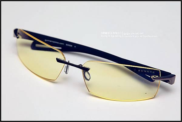 GUNNAR眼鏡edge-ash-amber 正面.jpg