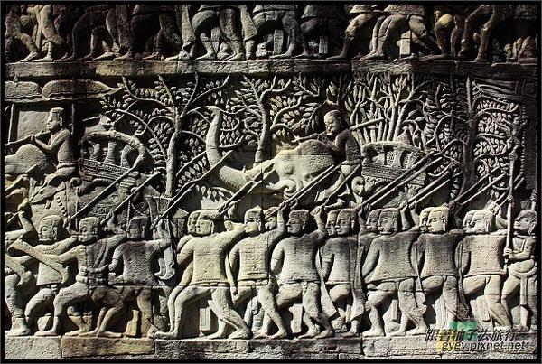 【大吳哥Angkor Thom 】_軍隊行軍浮雕2.jpg