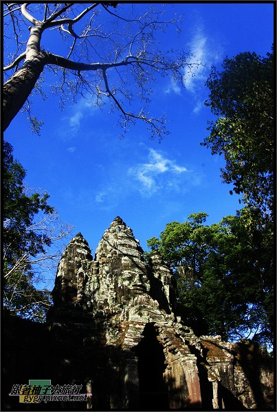 【大吳哥Angkor Thom 】South Gate (南城門).jpg