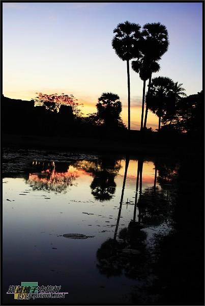 【小吳哥Angkor Wat 】蓮花池倒影.jpg
