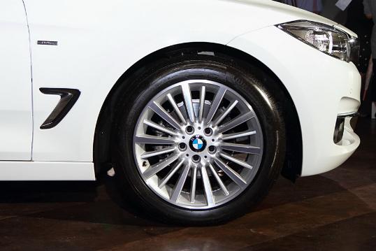 BMW 320i 328i GT