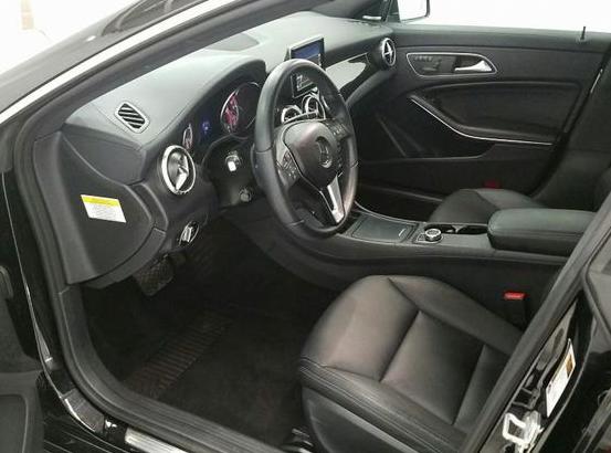 新竹外匯車商GE台北車庫最新海運車款賓士C250 AMG W204與賓士C250 AMG W204 和BMW 328i F30 MSPORT及SPORTLINE還有BMW X1及TOYOTA SIENNA LE 賓士CLA250AMG BMW 528i F10