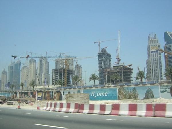 另一處新建中的杜拜城市2.jpg